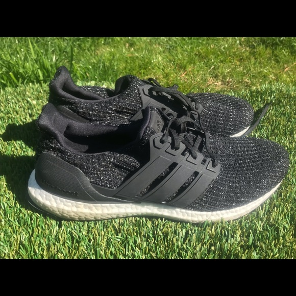 outlet store a9c17 95cae Men's Adidas Ultraboost Running shoes sz 12